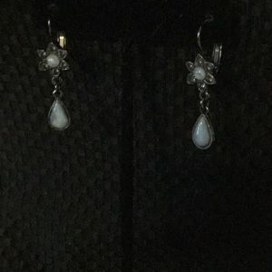Jewelry - Earrings With Flower and Tear Drop